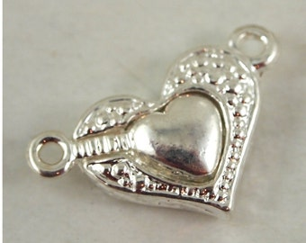Magnetic Heart clasp- 2 sets (MW HC)