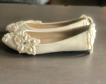 Pearly flats, low heel, Wedding shoes. Wedding flat shoes. Comfortable wedding shoes. Bridal shoes, heel wedding shoes