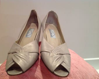 superb peep toe 80s silver size 38