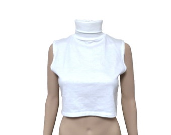 white turtleneck crop top / boxy top sleeveless stretchy top