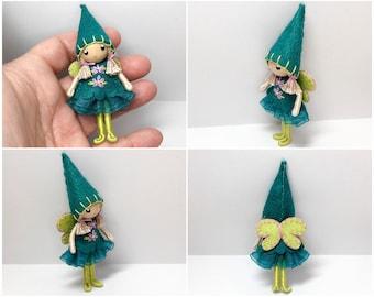 Fée poupée bandé par princesse agile-dé à coudre, Waldorf feutre pliable maison de poupée Doll - petit feutre poupée, fleur fée, décor de Table Nature