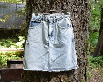 Vintage Palmetto's Acid Wash Skirt / High Waisted Jean Skirt / 1980's Denim Skirt / Stone Wash / Mini Skirt / 26 Waist