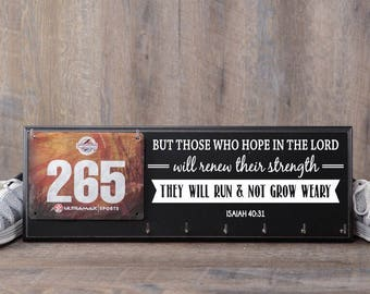 Running medal holder and Race Bib Hanger - Isaiah 40:31 - Those who hope in the Lord will run and not grow weary