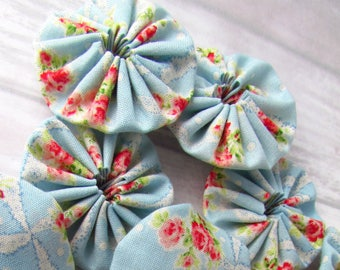 12 Shabby Blue Rose Fabric YoYos, Quilt Yoyos, Fabric Flower Supplies, Fabric Appliques, Quilting Supplies