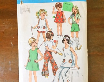Vintage Sewing Pattern Simplicity 8767 Girl's Dress 1960s Tunic Top Pants Shorts Size 10 28.5