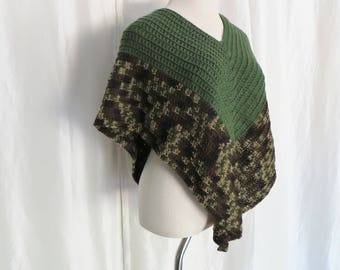 Vintage 70s womens knit poncho, green brown beige purple, hippie, mod, Mothers Day gift
