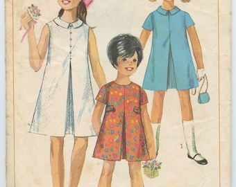 1960's Simplicity 7112 Girl's A-line Dress with Front Inverted Pleat Breast 24