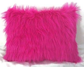 Faux fur Pink pillow, Pink faux fur pillow, Pink Throw pillow, Pink pillow sham, Pink fur pillow, Pink pillow, Home decor