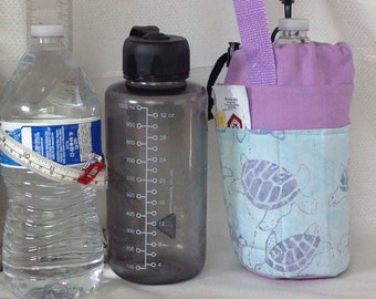 Insulated tote for refillable squat quart or liter size containers turtles