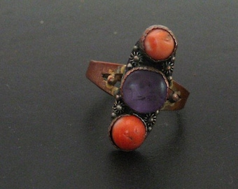 Antique Chinese Ring // Coral Amethyst Stone Copper Ring //  Chinese Export Jewelry //Vintage Jewelry