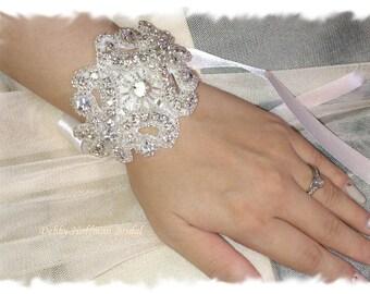 Rhinestone Wedding Bracelet, Crystal Bridal Cuff Bracelet, Wedding Cuff Bracelet, Bridesmaid Bracelet Jeweled, Bridal Party Gift, No. 1166CB