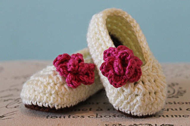CROCHET PATTERN PDF Crochet Baby Girl Booties with Rose
