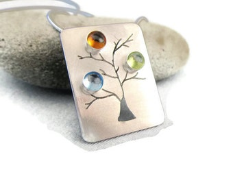 Mothers Jewelry, Custom Mothers necklace, gift for mom,  Family Tree Necklace with Birthstones, Budding Tree