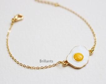 Cute Fried egg bracelet in gold, Sunny side up, Fun bracelet, Easter gift, Bridesmaid jewelry, Wedding bracelet