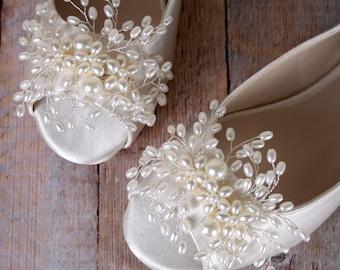 Wedding Shoes, Ivory Wedding Shoes, Flats, Peep Toes, Pearl Wedding, Wedding Shoes with Pearls, Ivory Pearls Bridal Heels, Custom Wedding