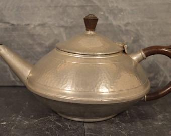 Knighthood old English Pewter teapot