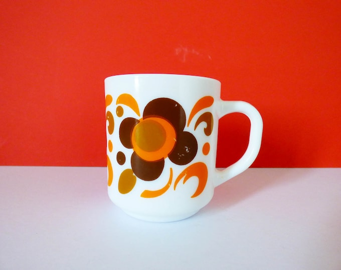 Vintage Daisy flower power mug