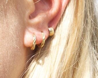 9ct gold - tiny huggie - hoop earring - tiny hoop - gold hoop earring - gold hoops - thick hoops - 9ct gold hoops - gold hoops - I3HU2042