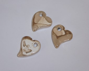 1 heart pendant with handcrafted ceramic beige white 22x19mm