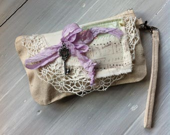 Natural Cotton Canvas Wristlet