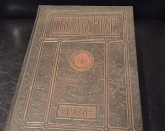 St. Louis University 1928 Yearbook 'The Archive'