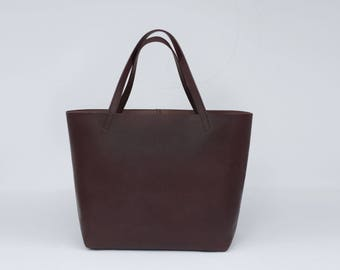 Large tote in brown genuine leather