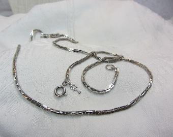 Vintage Crown Trifari Silver Tone Metal Box Link Chain Necklace