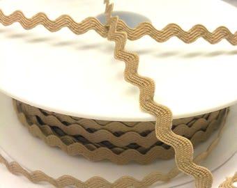 1 meter of serpentine croquet - beige - 8 mm - natural color T30