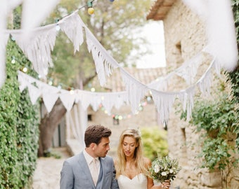 Fringe Garland, Wedding Garland Backdrop, Fabric Bunting Wedding, White Bunting Flags, Outdoor Wedding Decorations, Boho Garland Wedding