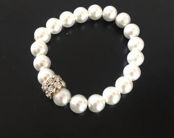 Pearl-Effect Sparkle Bracelet