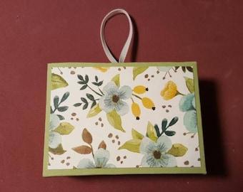Hanging Gift Card Box