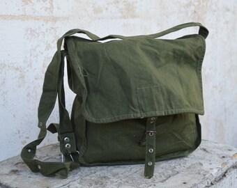 Distressed canvas bag - Vintage canvas bag - Army canvas bag - Messenger bag - Crossbody bag - Hip bag - Shoulder bag - Old bag - Field bag