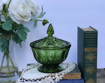 Vintage American Glass Lidded Compote / Green Glass / Candy Dish with lid / Green Glass Candy Dish