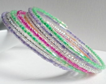 Memory wire bracelet. Brightly colored seed beads