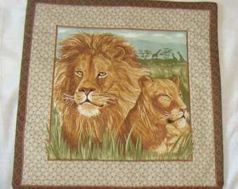 Lion & lioness cushion cover