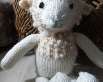 Sheepy- Sheep in wool knitted by me