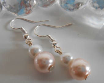 Duo of pale pink and white pearls wedding earrings