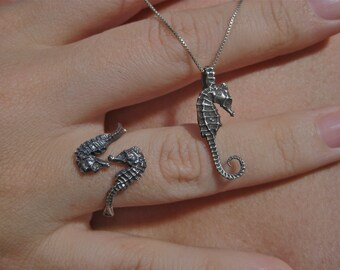 pigmy seahorse set ring and pendent