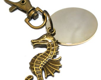 Engraved / personalised metal bronze plated nautical seahorse in velvet gift pouch LT125