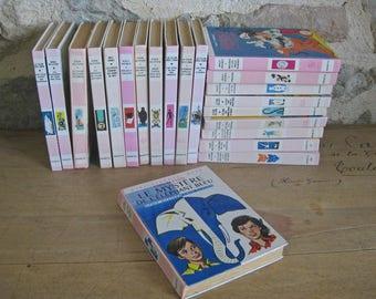 French childrens books - pink hardback books by Enid Blyton and Disney