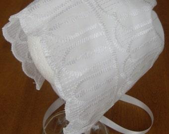 Girls White Cotton Bonnet