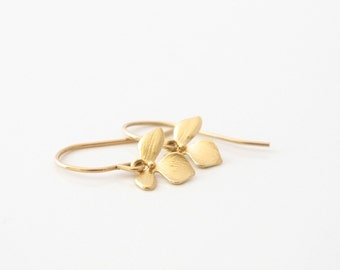 Simple Everyday Gold Earrings - Tiny Dainty Earrings - Flower Earrings -  Simple Small Dangle Earrings - Gold Earrings - Everyday Earrings