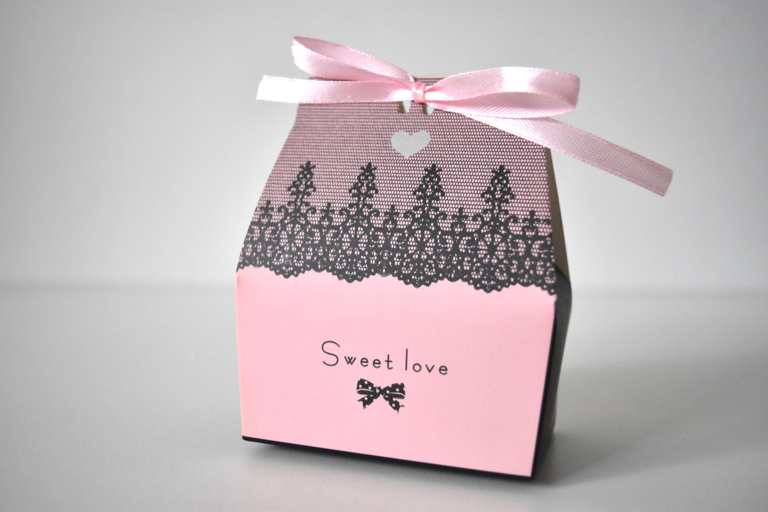 Sweet Love Pink And Black Lace Favour Box
