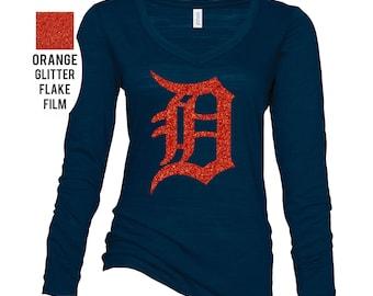 Detroit Baseball ladies Super soft longer length vintage Tri-blend V-neck~ EZ086