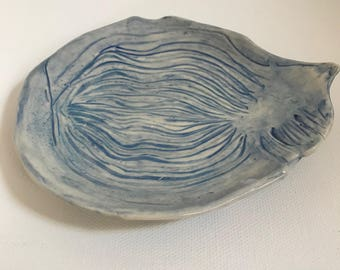 soap dish with texture Pottery