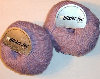 2 skeins Yarn Wool Polyester Acrylic Light Mauve