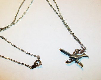 Charm Pendent Necklace Road Runner   Cute Bird    Pewter   SSilver    Free shipping USA