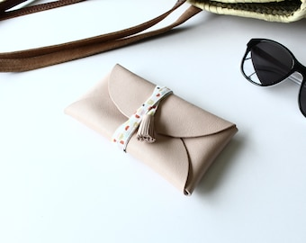 Leather glasses case - nude