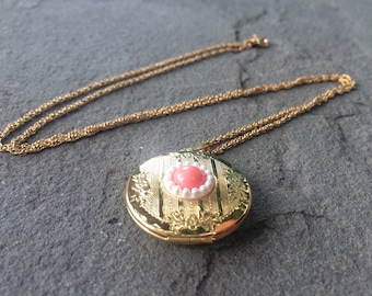 Avon Locket Photo Gold Necklace