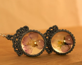 dove blue macrame earrings with lovely violets in round resin cabochons